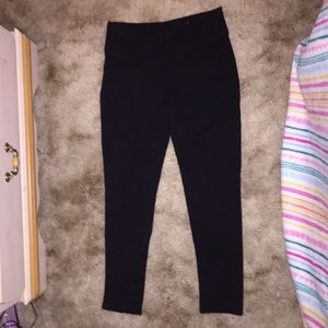 Black Leggings With Pockets